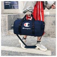 ingrosso borsa da palestra-Champions Borse da viaggio Unisex Sport Tote Palestra Yoga Carry On Luggage Grande capacità Waterpproof Borsa a tracolla Borsa a tracolla 2 dimensioni B3121