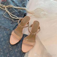 босоножки в стиле римского стиля оптовых-Летом новый стиль новые стразы сандалии высокие каблуки римские слова стразы просто удобные тапочки на высоких каблуках