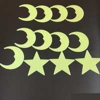 baby dekorative wandaufkleber großhandel-3D Stern Mond Fluoreszierende Leuchtende Wandaufkleber Kinder Baby Zimmer Dekoration Glow In The Dark Sterne Umweltfreundliche PVC Dekorative Wandtattoo C2