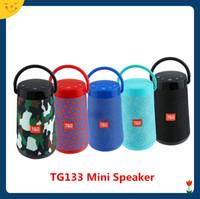 переносной динамик для переносных устройств bluetooth оптовых-TG133 Bluetooth Mini Speakers Новейший портативный SoundBar с ручкой Стерео Hifi Sound Box TF Музыкальный плеер Беспроводной громкоговоритель