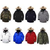casacos europeus para homens venda por atacado-Tamanho 98% de mulheres Homem Novo canadense Homens marca europeia Goose cor sólida preto Brasão Parker vermelho jaqueta Homens mulheres Outdoor Sports frios mornos