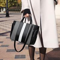 tb taschen großhandel-Fashion bag weibliche 2019 neue Herbst und Winter Modelle Damen Handtaschen wilde Messenger Tasche mit großer Kapazität einzelne Schulterbeutel tb
