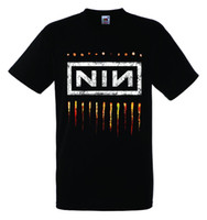 ingrosso le t-shirt di rock band-NINE INCH NAILS NIN LOGO 2 Nero New T-shirt Rock T-shirt Rock Band Shirt T Shirt Uomo Funny Tee Shirts manica corta