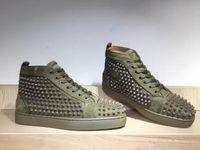 armee flache schuhe großhandel-Top Designer Sneakers Army Green Wildleder High / Low-Top Spikes Flats Schuhe Red Bottom Für junge Schuhe Leder Sneakers Outdoor Freizeitschuhe
