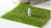 ingrosso tappeto erboso artificiale-Nuovo micro paesaggio decorazione fai da te mini fata giardino piante di simulazione artificiale finto muschio decorativo prato tappeto erboso erba verde spedizione gratuita