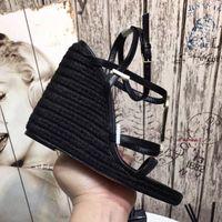 ayakkabı düğmeleri toptan satış-Tasarımcı Yüksek topuklu Sandalet Eğim topuklu Deri Klasik kadın Ayakkabı Parti ve Ziyafet Metal Düğme Seksi Sandalet Boyutu