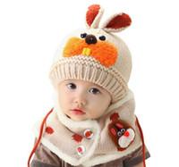 ingrosso vestito da bambino-Berretto bebè caldo cappello + sciarpa 2 pezzi tuta sciarpa ragazzi ragazze bambini neonati denti da coniglio sciarpe bambino berretti fatti a mano
