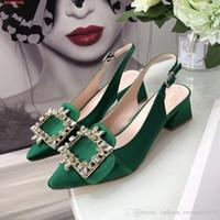gesicht fersen großhandel-Frauen High Heels Mode Seide Gesicht Mädchen sexy spitzen dicken Ferse Schuhe Strass Quadrat Schnalle Sandalen
