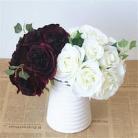 bordo çiçekleri toptan satış-Bordo Çiçek Buketi İpek Gül Çiçek Koyu Kırmızı Buket Bordo Nedime Buket Yapay Çiçek Buketleri İpek Güller