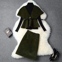 capes d'hiver américain achat en gros de-Vêtements pour femmes européennes et américaines 2019 hiver style nouveau chandail à manches longues jupes Cap manteau costume à la mode de laine
