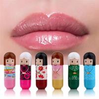 geschenkpuppe großhandel-Karikatur-Puppenlippenbalsam befeuchtender ernährender Frucht-Lippenstift-nettes reizendes Muster-Geschenk für Mädchen-Dame Colorful Girl Lip Balm Kawaii Present
