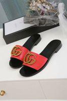 yeni kauçuk kadın düz ayakkabı toptan satış-Yeni yüksek dereceli yaz kadın terlik, dana derisi deri kauçuk düz tabanlı kadın sandalet, rahat ayakkabılar 35-45 metre ücretsiz kargo
