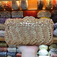 lila handgeldbeutel großhandel-Xiyuan 2019 Neueste lila Luxus-Diamant-Kristallabendtasche Blumen-Hand Partei Handtasche für Hochzeit Abendessen-Beutel Frauen Bankett-Taschen