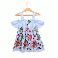 bebek çiçek üst elbise toptan satış-2019 Yaz Bebek Kız Giysileri Mavi Çizgili Elbise Off-omuz Işlemeli Çiçekler 100% Pamuk Butik giyim Toptan 2-7Y