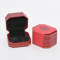 cajas de anillo de joyería para el envío al por mayor-Diseñador de lujo cajas de embalaje de joyería de alta calidad Love Ring Earring Display caja de regalo roja envío gratis