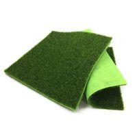 ingrosso tappetino artificiale per giardino-A buon mercato Artificiale 5 Pz erba artificiale Mat verde prati Moss piante di plastica Tappeti erbosi Falso Soda Casa Giardino 30x30 cm