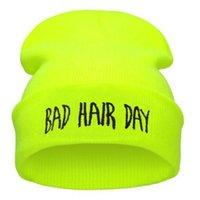 gorro amarillo azul al por mayor-Otoño Invierno Moda Bad Hair Day Hiphop punto los casquillos Beanie Hat para hombres de las mujeres Verde Negro Gris Azul Rosa Amarillo neón