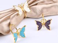 kelebek peçete tutucuları toptan satış-Kelebek Peçete Halkası Metal Altın Kelebek Şekli ile İmitasyon Pırlanta Peçetelik Otel Ev Düğün Masa Dekorasyon için