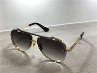 lente azul para gafas al por mayor-Gafas de sol de piloto doradas / negras Lente gris azulada Gafas de sol Gafas de sol de diseñador de lujo para hombre Sombras con caja