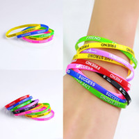 Wholesale Best Selling School Popular Girls and Boys Favorite Colorful Silicone Rubber Bracelet Sweet Rainbow Bracelet for Sale