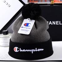 lüks tığ işi toptan satış-Tasarımcı Kafatası Cap Unisex Marka Şampiyonu Örme Beanie Hat Erkek Kadın Lüks Kız Erkek Kış Kayak Moda Tığ Sıcak Şapkalar C9601 Caps