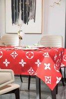 tischdecken tischwäsche großhandel-L Brief Mode Luxuxentwurf rote Tischdecke cottonlinen wasserdicht frischen Art-Dekor Esstisch Mats moderner Stil.