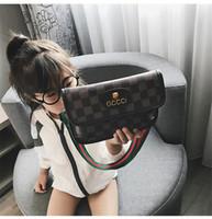 kızlar için bir omuz çantası toptan satış-2019 Yeni Varış Moda Bebek Kız Coin Çantalar Çocuk Çanta Kız Sevimli Bir Omuz Çanta Çocuk PU Deri Messenger Çanta