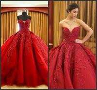 kırmızı elbise dantel top toptan satış-2019 Yeni Lüks Balo Kırmızı Gelinlik Dantel En kaliteli Boncuklu Sevgiliye Sweep Tren Gotik Gelinlik Sivil vestido de novia