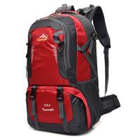 equipo de senderismo de montaña al por mayor-Designer-40L Mochila para acampar al aire libre Senderismo Mochila bolsa de deporte Hombres Mujeres Impermeable Viajes Trekk Mountain Climb Equipment # 786771