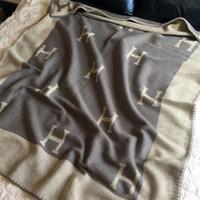 sofá del asiento al por mayor-U-miss letra inicial H Cachemira de punto manta de lana de ganchillo a cuadros para sofá / silla / Love Seat / Manta de camping para coche mantón