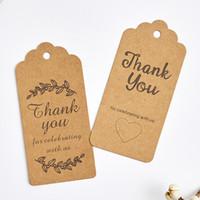 etiquetas para colgar la ropa al por mayor-500 unids marrón 9.5 * 4.5 cm gracias paquete de regalo de papel kraft etiqueta colgante con agujero de amor fiesta de regalo de boda logotipo etiquetas colgantes ropa y pantalones etiquetas