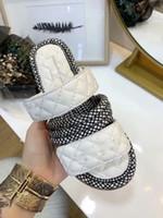 ingrosso sandali intrecciati bianchi-New Hot 2019 Bianco Nero Classico Pantofola Feminino Tessuto Intrecciato Pelle di pecora Sandali di marca Infradito Scarpe larghe Donna