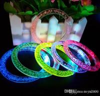 renkli bilezik flaş toptan satış-LED Flaş Bilezik Glitter Glow Işık El Yüzük Aydınlık Kristal Degrade Sopalarla Renkli Bileklik Çarpıcı Dans Parti Noel Hediyesi