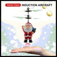 ingrosso elicottero giocattolo elettronico-Abbagliante Babbo Natale sensore Aircraft Mini elettronica induzione RC Drone automatico Avvio Flyer per bambini Giocattoli di Natale