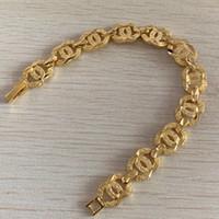 14 ayar altın bilezik zincirleri toptan satış-Kızlar mektubu link zinciri kadınlar Için Tasarımcı bilezik Bayanlar Bayanlar Titanyum çelik Moda charm bilezik altın dolg ...