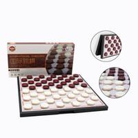 ingrosso scacchi magnetici-Alta qualità dama internazionale di plastica portatile set di scacchi dama scacchi piegante magnetico bambini gioco da tavolo regalo qenueson