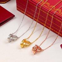 подвеска с двумя кольцами оптовых-18k позолоченный бренд пара ожерелья творческий дизайнер два кольца ожерелье для унисекс роскошные мужчины Ожерелье для День Святого Валентина подарок