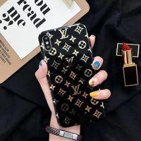 un caso x al por mayor-Fundas de teléfono One Piece fashion Luxury Designer para iPhone XSMax XR XS X 8 8plus 7 7plus 6s 6splus 6 Funda trasera para teléfono móvil