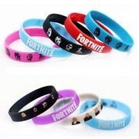 les bracelets en silicone brillent achat en gros de-Glow Fortnite Bracelet Parti Fournitures Bracelet En Caoutchouc De Silicone Glow dans le noir pour les enfants Anniversaire Fort Party Favourites
