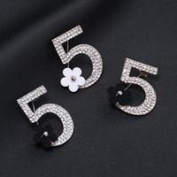 señoras broches pin al por mayor-Moda número 5 pequeña flor broche Rhinestone lleno broche mujeres joyería Pins para damas de oro y plata al por mayor