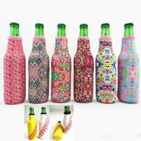cerveza rosa al por mayor-Envoltura de botella Neopreno Cerveza Enfriador Béisbol Joya Coral Rose Mucho Impresión Puede Cubrir Bolsas Herramientas de Cocina 330 ML
