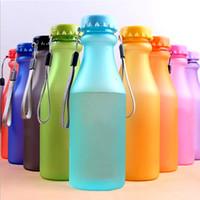 çocuklar için plastik su şişeleri toptan satış-550 ml Plastik Su Şişesi için Spor Şişeleri Yoga Gym Fitness Shaker Su Şişesi Kırılmaz Şişe Fit Çocuk