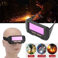 filtro de escurecimento venda por atacado-Solar Auto Escurecimento Soldagem Capacete Protetor de Olhos Soldador Cap Óculos de Proteção Da Máquina De Cortador de Solda Ferramentas de Lente de Filtro
