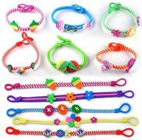 tier armbänder mischen großhandel-Kinder Blume Armband koreanische weiche Keramik Armband Baby Cartoon Tierfarbe Armband Mix Farben versandkostenfrei ..