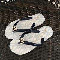 frauen flip flops strand sandalen großhandel-Trendy Flip Flops Einfarbig Thong Sandalen Frauen Sandalias Beach Fun Schuhe zum Verkauf Designer Sandalen Schuhe