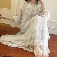 beyaz gazlı bez kıyafetleri toptan satış-Sonbahar Beyaz Gazlı Bez Pamuk kadın Nightgowns Dantel Uzun Pijama Zarif Kadın Vintage Prenses Gece Elbise Ev Giyim 2225 Y19071901