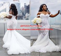 fotos de senhoras sexy tamanho maior venda por atacado-Plus Size Sereia Vestidos De Casamento 2019 Fora Do Ombro Trumpet Vestidos De Noiva Varredura Trem de Tule Rendas Vestido de Casamento Africano Vestidos De Novia