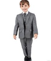 cor do smoking azul cinza venda por atacado-Menino cinza bebê batismo batismo 3 peça entalhada lapela meninos terno de casamento meninos roupa formal