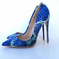 spitze zehe stilettos großhandel-Neu Kommen Frauen Schuhe Blaue Schlange Gedruckt Sexy Stilettos High Heels 12 cm Spitze Frauen Pumps