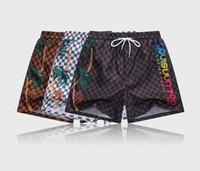 hızlı kuru kumaşlar toptan satış-Su geçirmez kumaş yaz moda şort yeni tasarımcı kurulu kısa hızlı kuru mayo baskılı kurulu plaj pantolon erkekler erkekler kısa yüzmek